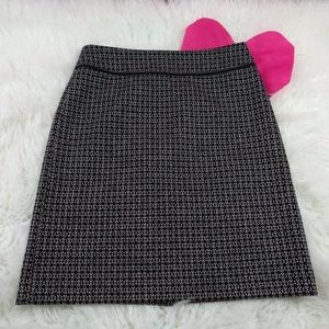 @ Ann Taylor sz 4 Black Pink White Aline Skirt